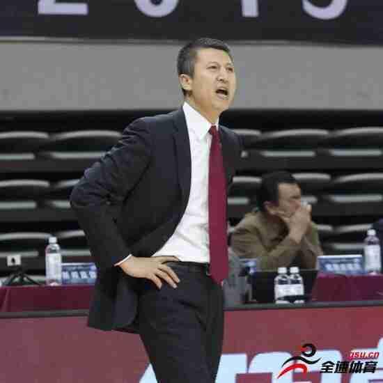 辽宁男篮主教练郭士强:我们防守的缺口太大