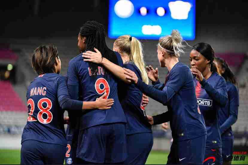 女足欧冠-王霜首发送助攻 巴黎女足5-2晋级八强