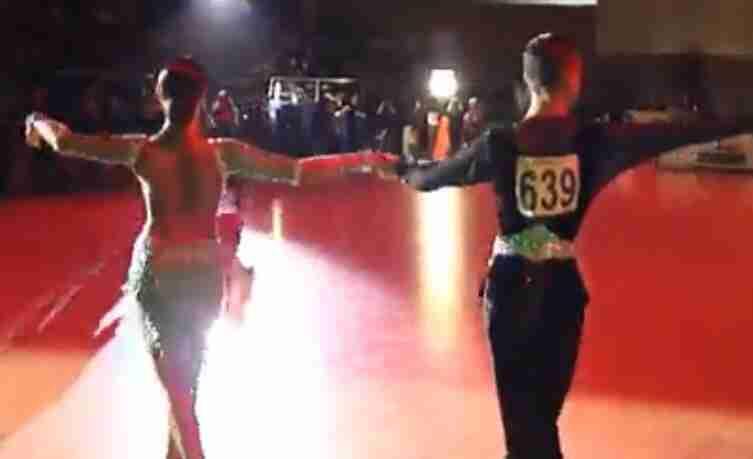 体育舞蹈比赛视频