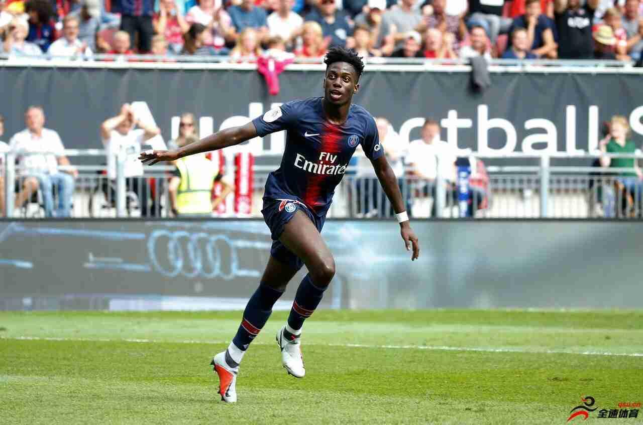 法国足球:斯特拉斯堡有意租借巴黎年轻前锋小维阿