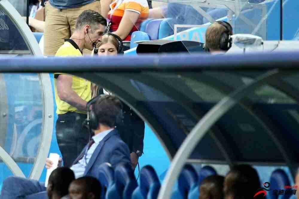 新西兰裁判马修-康格执法足协杯决赛次回合比赛