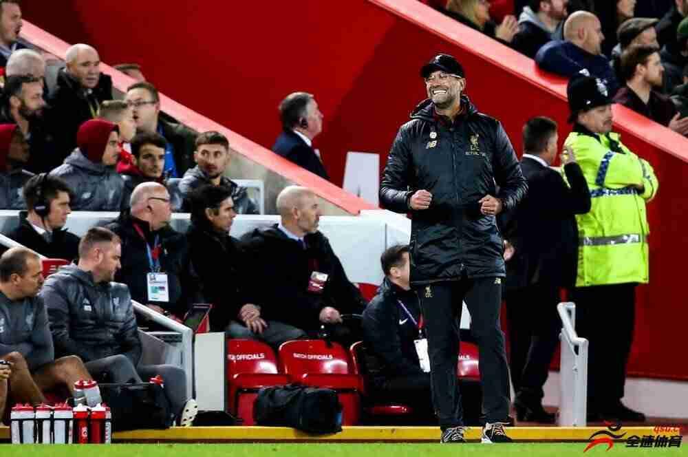 天空体育:违规入场,克洛普被英足总罚款8000英镑