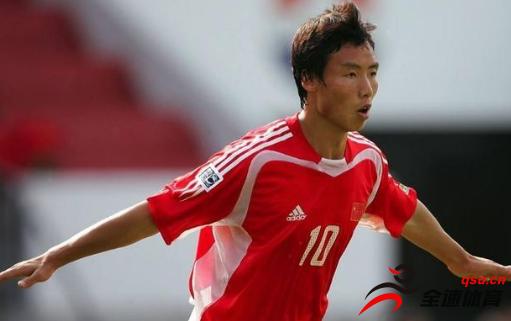 山东鲁能球员蒿俊闵的年薪被爆在400万以上