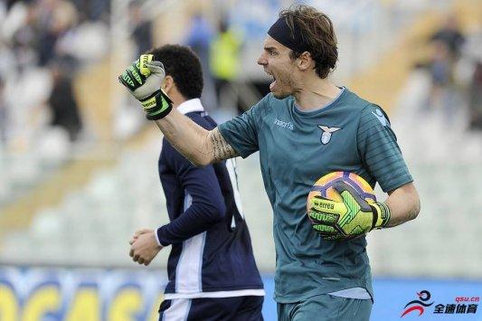 热那亚官方宣布,球队签下了拉齐奥老门将马