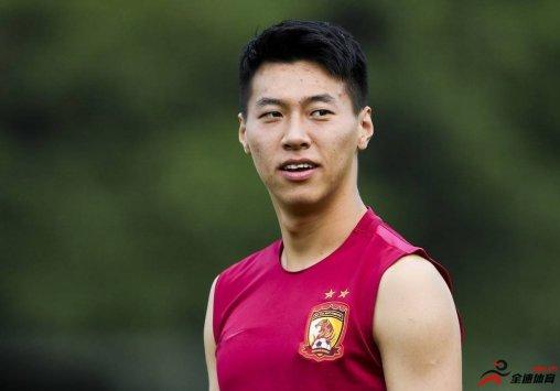 前恒大球员王靖斌跟随西班牙阿拉维斯俱乐部