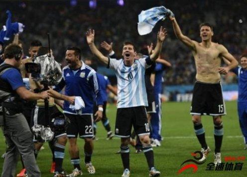 阿根廷队点球大战淘汰荷兰队的内幕曝光