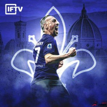佛罗伦萨客场3-1战胜米兰,米兰圣西罗球场的球迷们起身鼓掌