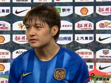 汪嵩:对足球热爱不是体现在纪录上 球员在