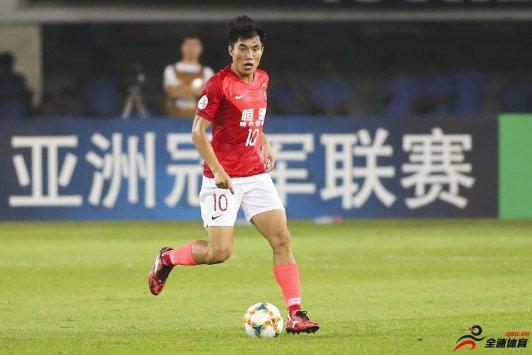 郑智:今天全队几乎尽了全力 能够理解球迷