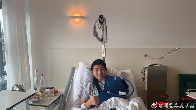 华夏幸福俱乐部官方宣布小将陶强龙肩膀脱臼手术成功