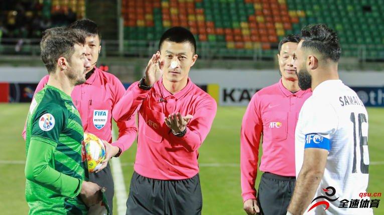 傅明执法U23亚洲杯首场比赛