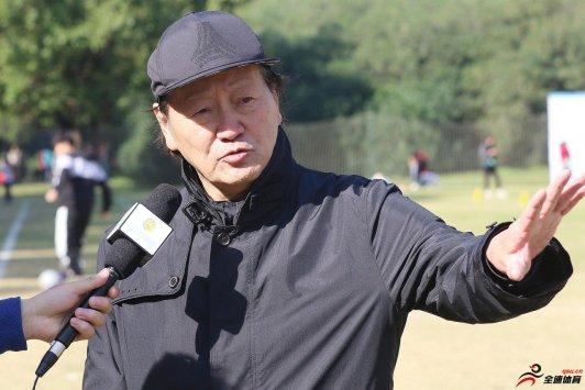朱广沪:李铁成为主帅,评审组五个人是没有分歧的