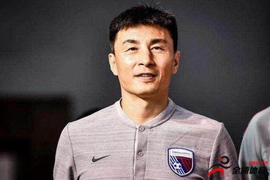 李玮锋:我想申花这支球队新赛季会有特别大的提升