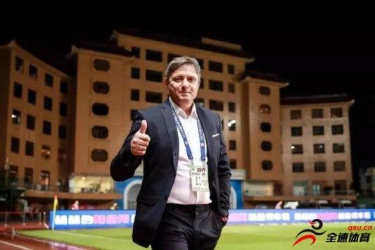 富力官方宣布斯托伊科维奇不再担任球队主帅