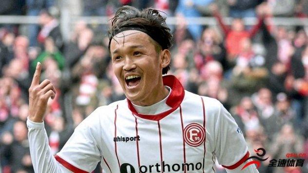 宇佐美贵史租借在德乙球队杜塞尔多夫俱乐部效力