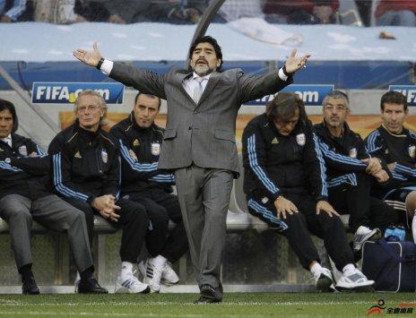 马拉多纳:我就一直想着回到阿根廷