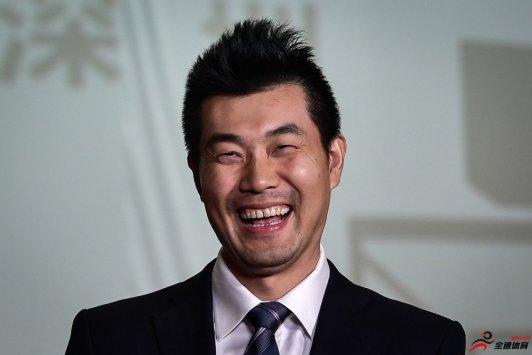 王仕鹏表示自己最欣赏的现役CBA球员是赵继伟