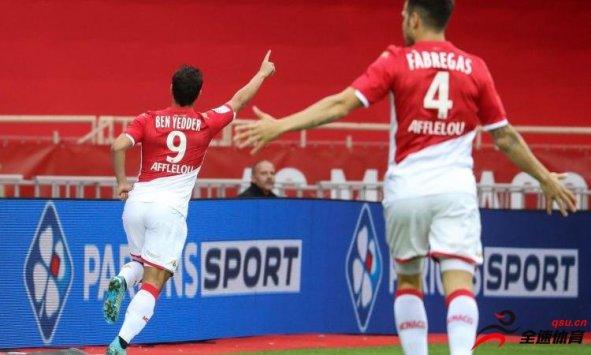 摩纳哥前锋本耶德尔透露,巴萨曾经想签下自己