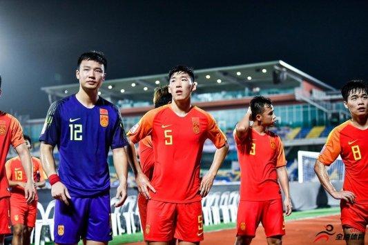 德扬:国家队的表现依然不理想