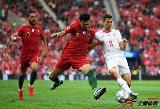 葡萄牙VS荷兰首发:格德斯顶替受伤的佩佩
