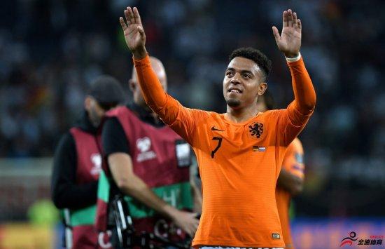 世体:巴萨关注马伦等三名荷兰小将,球员被誉为橙衣军团未来