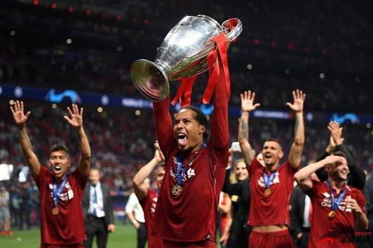范迪克:赢得欧冠对于我来说真的有些超现实