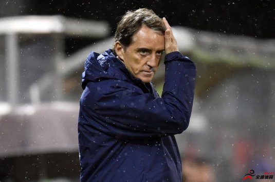 曼奇尼:人们都非常希望意大利能恢复足球活