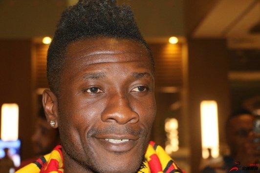 加纳球星吉安日前宣告退出加纳国家队