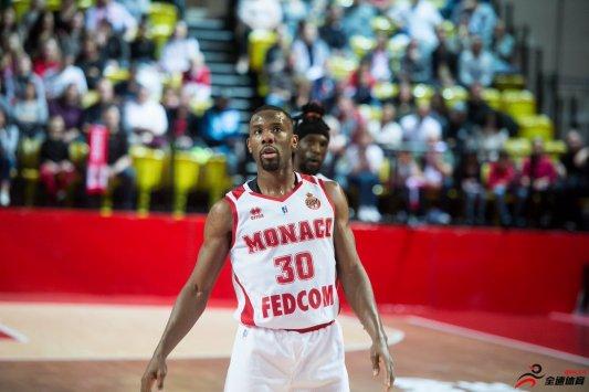 法国篮球签约前NBA球员诺里斯-科尔