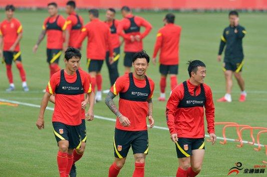 东亚区的亚冠小组比赛将会在10月16日开战