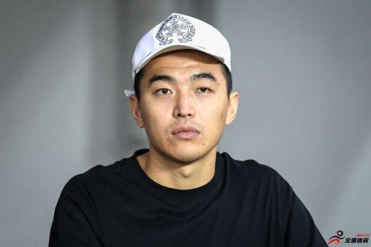 冯潇霆:会力争佳绩,从而给申花和自己一个