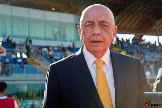 加利亚尼:贝卢斯科尼是个真正的赢家