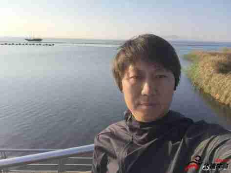 国足主帅李铁今日晒出了环太湖慢跑的照片