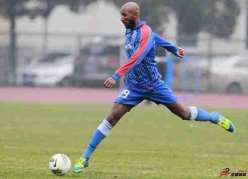 阿内尔卡将出任法国第五级别联赛球队体育总监