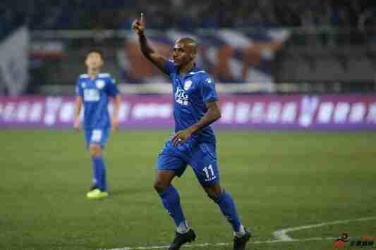 石家庄永昌正式更名为沧州雄狮足球俱乐部并