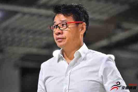 新民晚报:吴金贵在当助教的时候由于外教侮