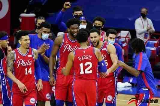 """NBA名宿""""魔术师""""约翰逊连发多条推特,谈到了本场比赛"""