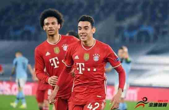 17岁的小将穆西亚拉成为了在欧冠赛场中进球最年轻的德国球员