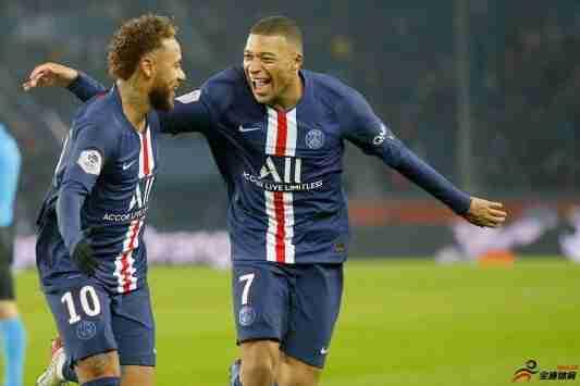 内马尔:自己想要留在巴黎,并希望姆巴佩也能留队