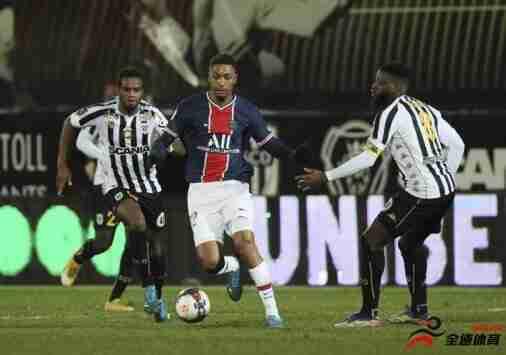 前法国国青队长、巴黎后卫迪亚洛宣布为塞内加尔国家队效力