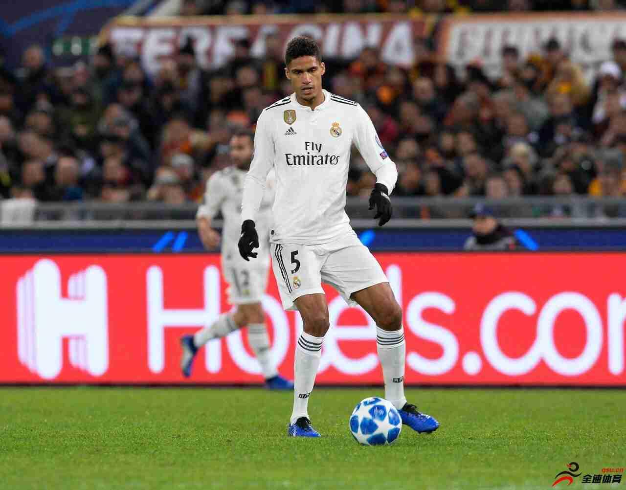 皇马将与曼联就瓦拉内展开谈判,若球员不续约首选将他出售