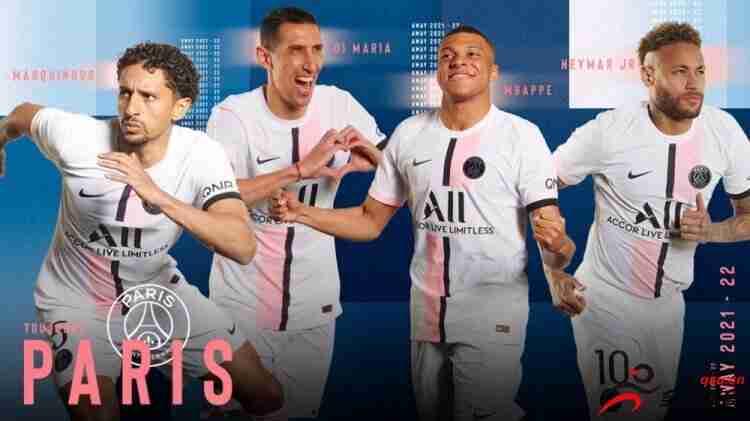 巴黎发布新赛季客场球衣:条纹百合花元素点缀,生态环保材料制成
