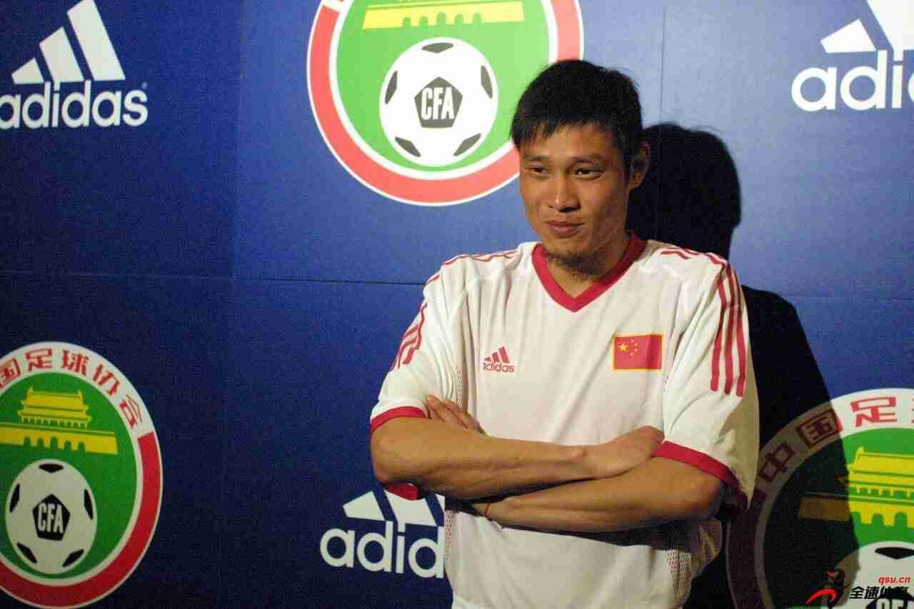 范志毅:我把足球当做生命,年轻球员先学会做人再来踢球